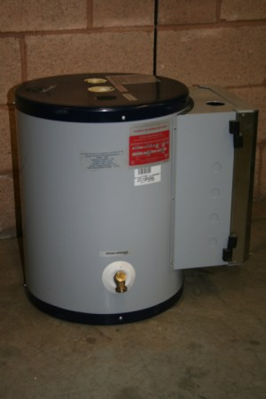 Water heater 3 kW 5 Gal State SSE5 480V 3 phase Digital
