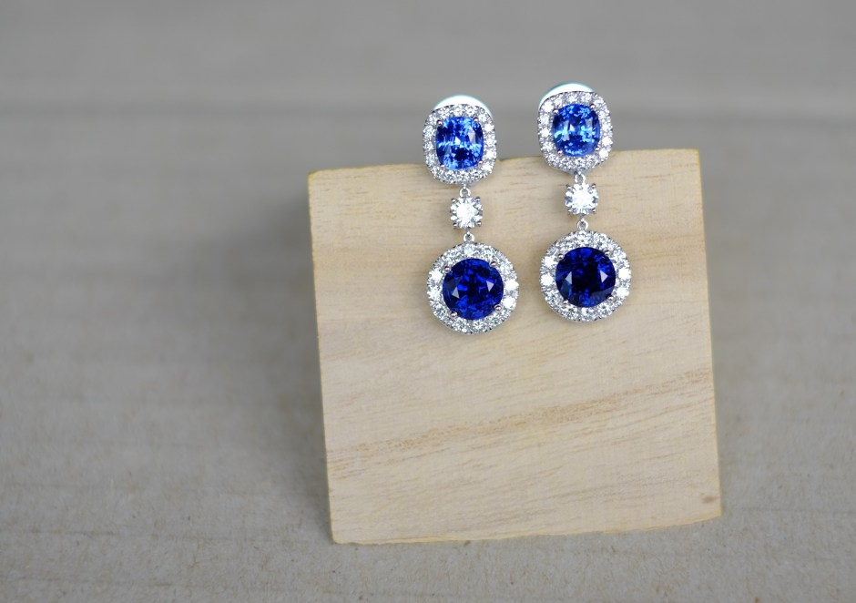 Unheat Blue Sapphire Earrings