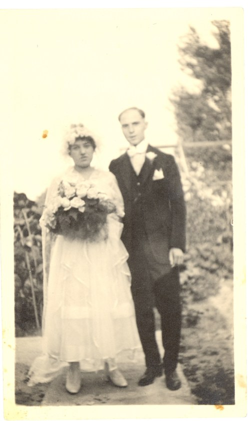 "Wedding portrait of Lucy M. Shatzke and Theodore ""Dave"" Broida, 20 Aug 1916."