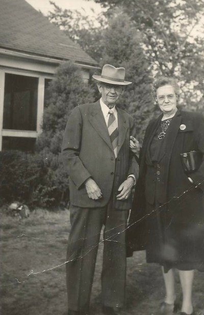 William Elmer McMurray and Lynette Payne, married 1899. Grandparents of Edward A. McMurray, Jr. c1950s?