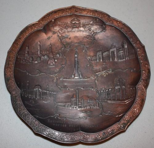 1904 St. Louis World's Fair-Round Metal Tray Souvenir-7 Fair Buildings.