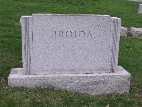 Broida marker in West View cemetery, Pittsburgh, Pennsylvania, Section B, Lot 55. Image courtesy of a FAG volunteer and posted with permission.