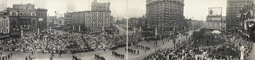 1914 G.A.R. Parade in Detroit, Michigan, via Wikipedia. Public domain- Library of Congress.