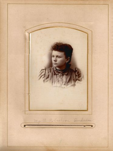 Myrtle Robertson Anderson from the Lloyd Roberts Family Photo Collection.