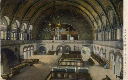 1909 Postcard of the Grand Hall of Union Station in St. Louis, Missouri.