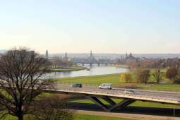 Dresden Elbe Valley with views of the old city (Autor & Copyright: Stefan Simon)