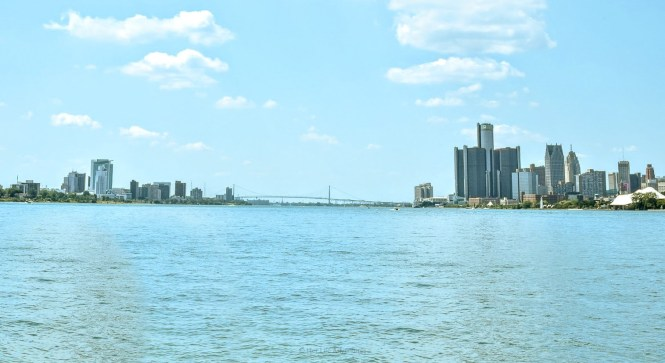 Detroit Canada Skyline
