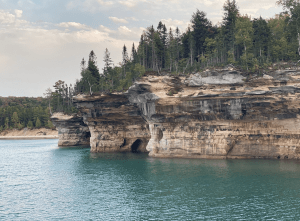 Pictured Rocks Boat Cruise