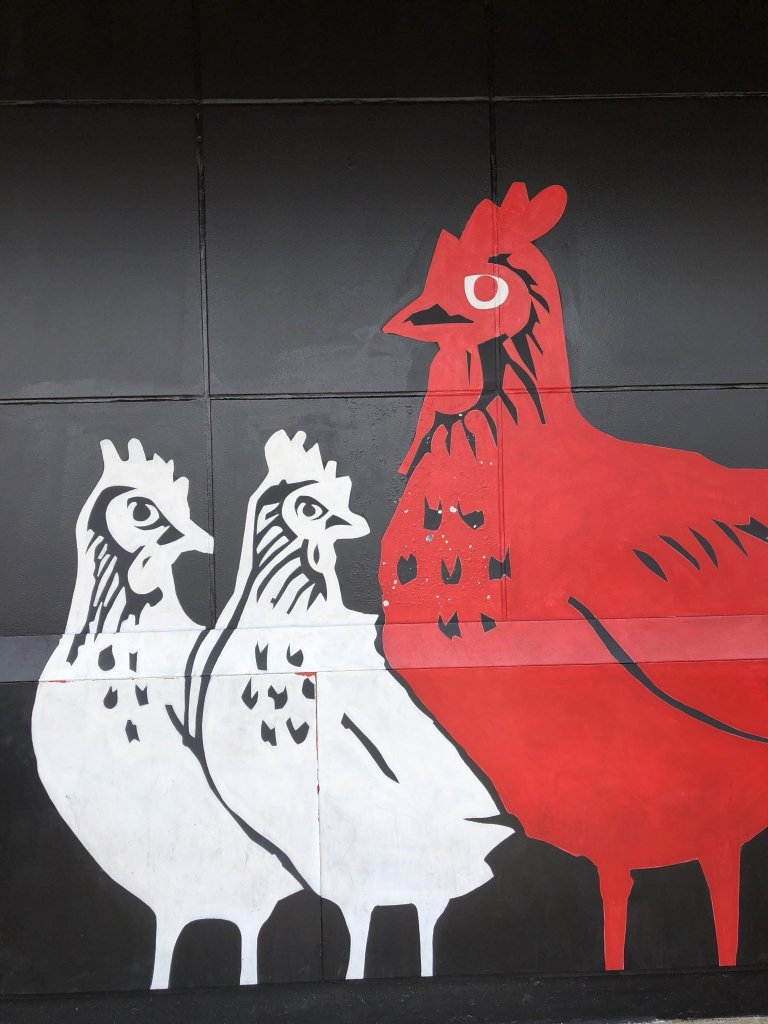 Hattie B's Chicken Mural | The Instagrammer's Guide to Nashville Murals