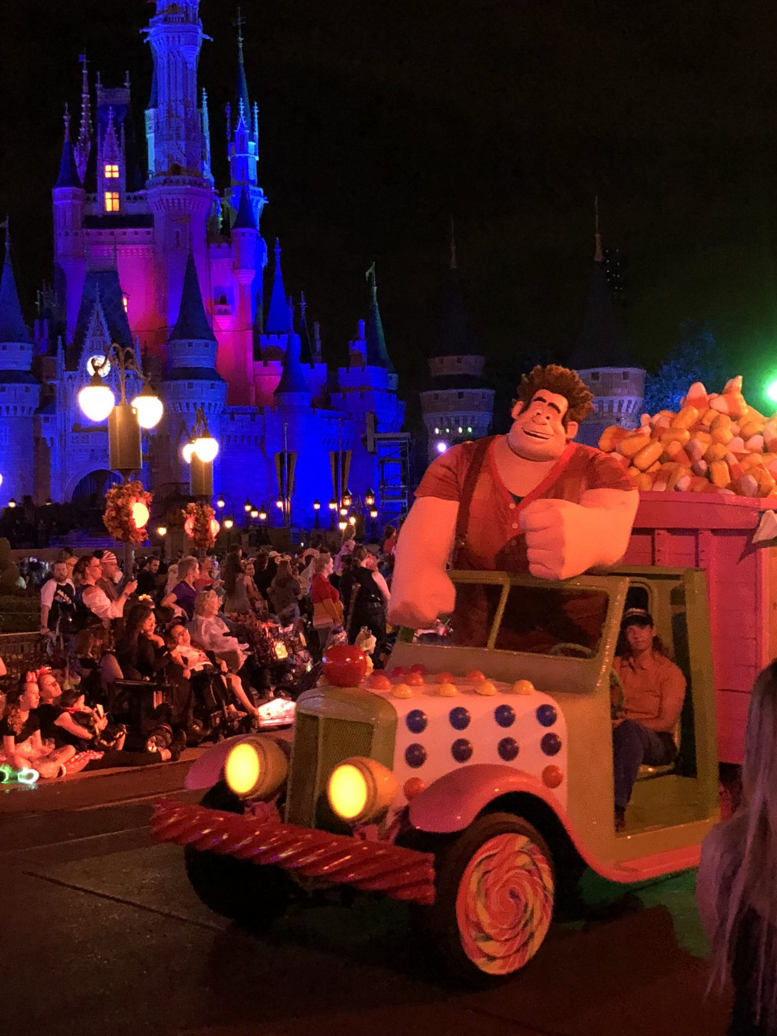 Wreck it Ralph in the Boo to You Parade | Mickeys Not So Scary: Disneys Spookiest Party | www.herlifeinruins.com