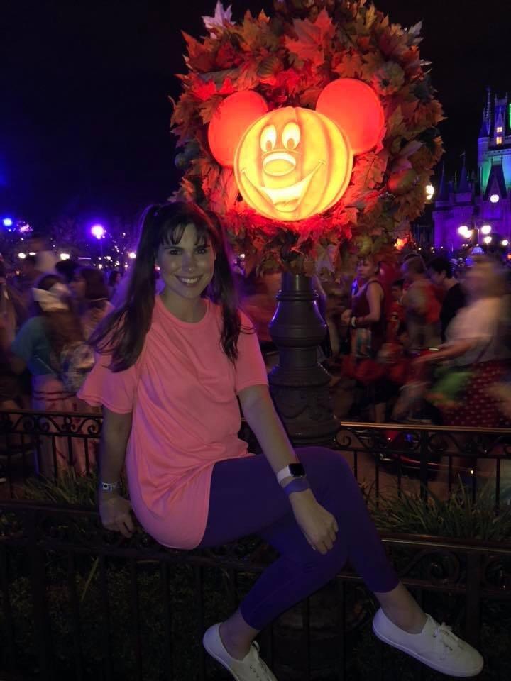 Pumpkin Lanterns | Mickeys Not So Scary: Disneys Spookiest Party | www.herlifeinruins.com