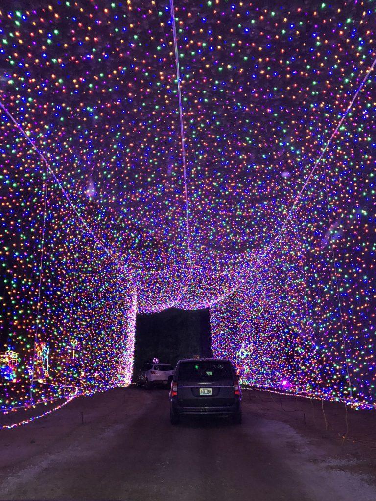 The Tunnel of Lights at Lights Under Louisville | www.herlifeinruins.com