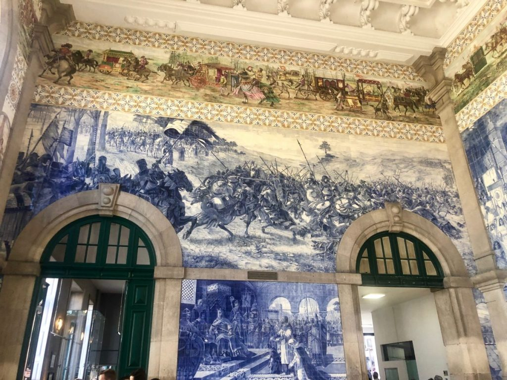 Tiled art at São Bento Railway Station in Porto | Her Life in Ruins