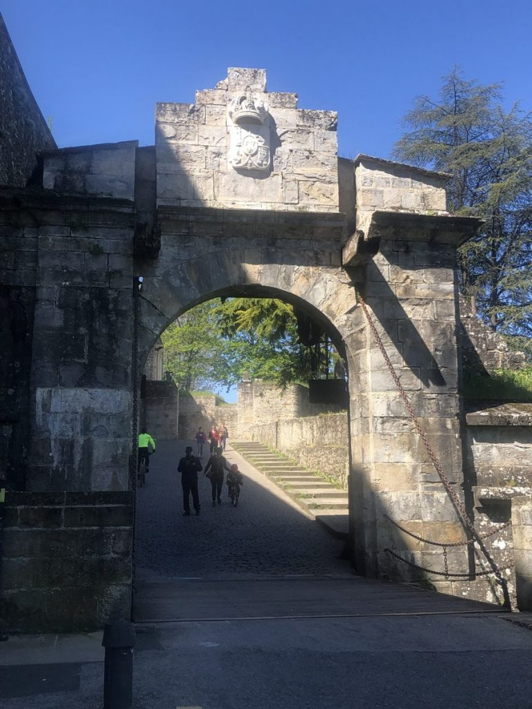 The Portal de Francia on Pamplona's City Walls | Her Life in Ruins