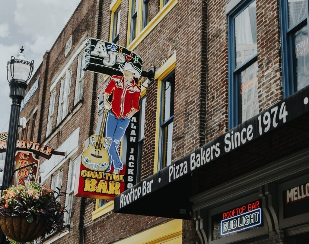 AJ's Goodtime Bar | The Ultimate Guide to Nashville's Lower Broadway | Her Life in Ruins