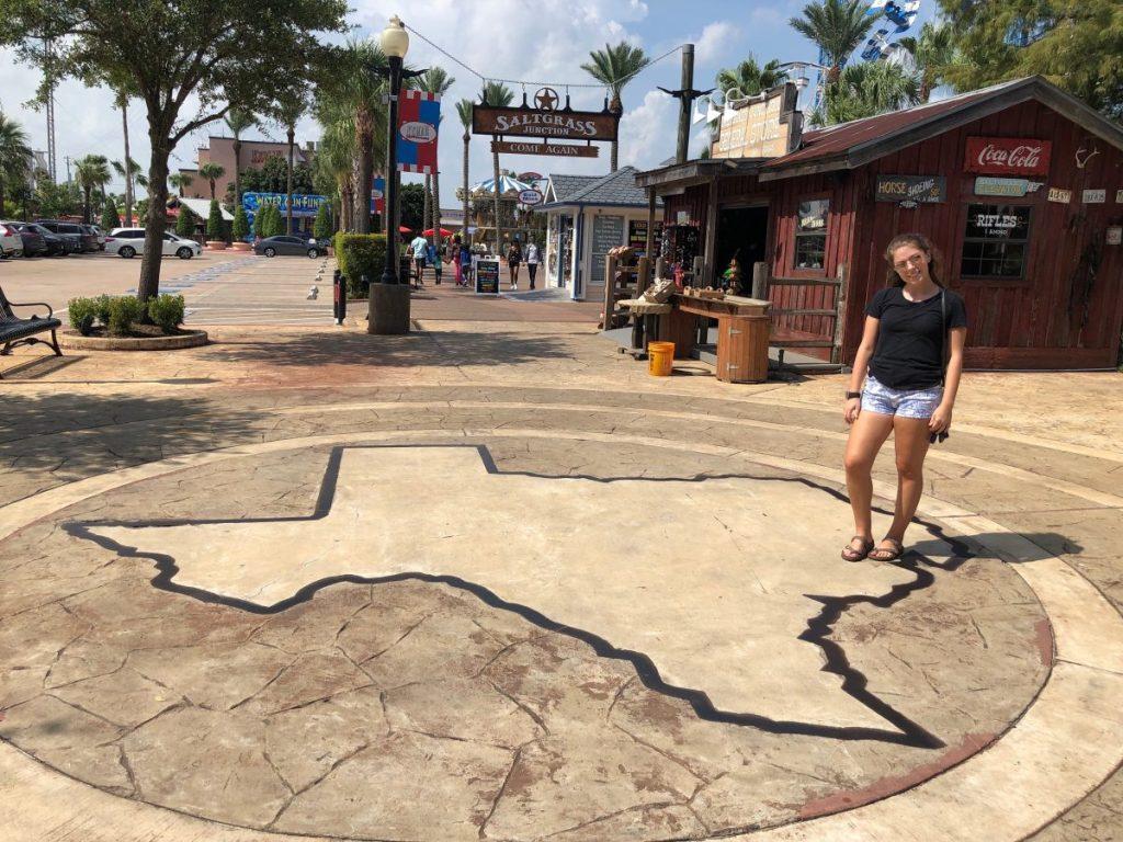 Kemal Boardwalk | Everythings Bigger in (Houston) Texas | Her Life in Ruins