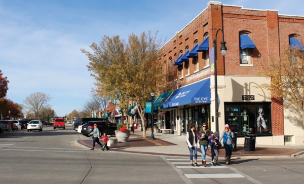 Year-Round Fun and Attractions in Downtown Lee's Summit ...