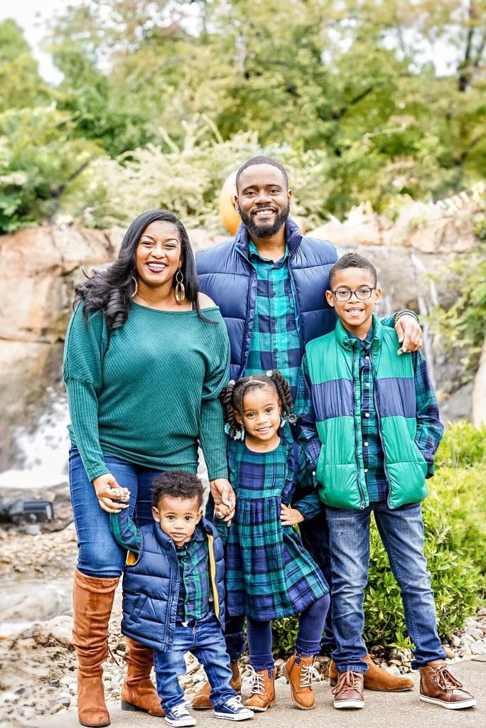 Beautiful black family photo shoot