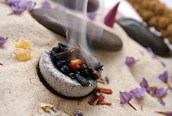 Formas de limpiar las energ as da inas en las personas y - Limpiar casa malas energias ...
