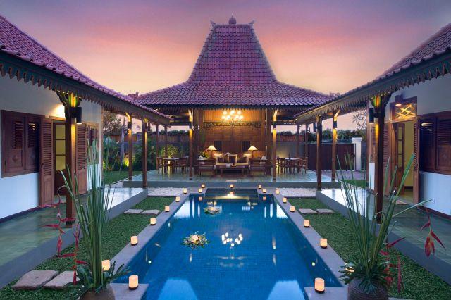 Jual Villa di Brawa Canggu konsep Joglo Jawa Klasik