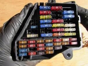 Audi TT Mk1 8N Dash Fuse Box 8D1941824  Hermes Auto Parts