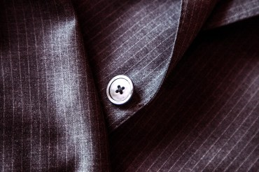 suit-407086_960_720