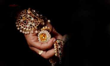 pourquoi vous devriez porter un bijou fantaisie