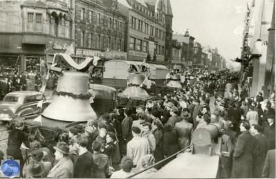 Lieferung der Glocken am 10.12.1954, Foto Stadtarchiv Herne