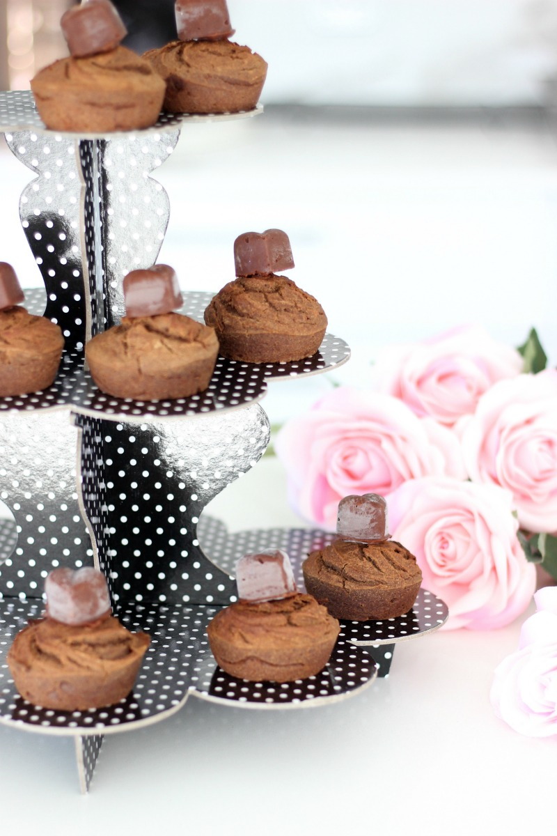 These delicious allergy friendly vegan cupcakes are kid-approved and perfect for Easter! Nut free, dairy free, gluten free, egg free and soy free!
