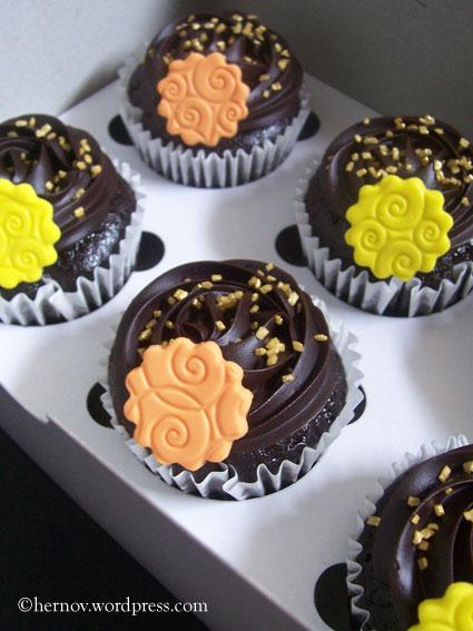 irma's-mcg-cupcakes-03