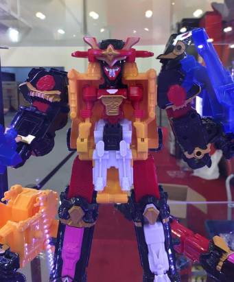 Power Morphicon 2016 Power Rangers Ninja Steel Shurikenjin Closeup