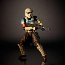 nycc-2016-star-wars-6-inch-black-series-scariff-stormtrooper-leader