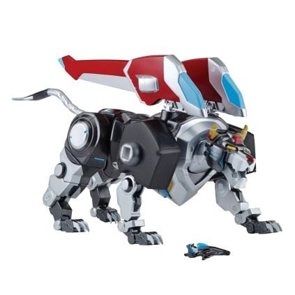 playmates-toys-voltron-legendary-defender-toys-deluxe-black-lion