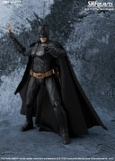 s-h-figuarts-batman-the-dark-knight-2