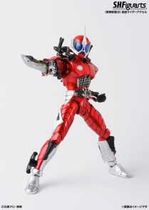 s-h-figuarts-shinkocchou-seihou-kamen-rider-accel-2