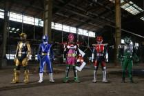 kamen-rider-x-super-sentai-chou-superhero-taisen-zolda-momo-beet-aoi-nininger