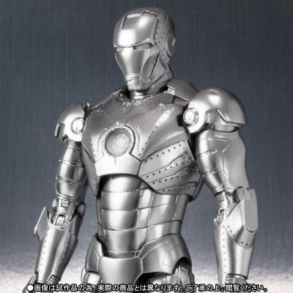Premium Bandai S.H.Figuarts Iron Man Mk-2