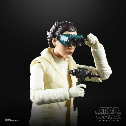 Star Wars Black Series 6 Inch 40th Leia Hoth 3