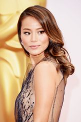 jamie-chung-2015-oscars-red-carpet-in-hollywood_1