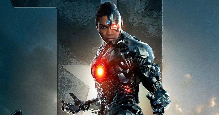 Ray Fisher Says Cyborg Was In Every Version Of Ezra Miller's 'The Flash'