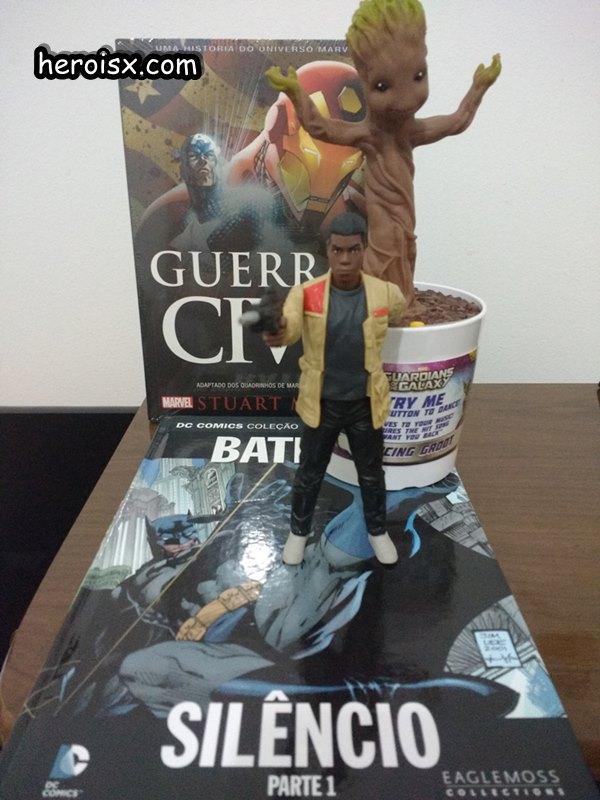 Guerra Civil Finn Baby Groot Batman Silencio Heroi X CCXP