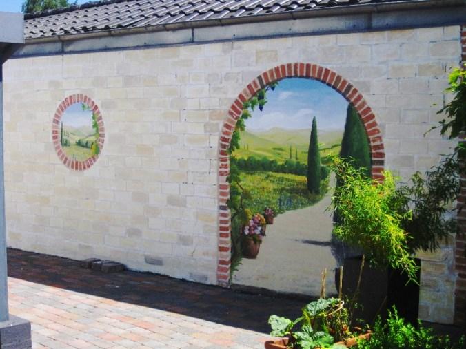 Toscana - Wandmalerei außen in Hannover