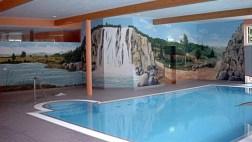 Schwimmbad Morada Hotel in Alexisbad - Wandmalerei und plastische Wasserfallgestaltung