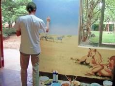 Wandmalerei in einem Montessori-Ausbildungskindergarten in Bukoba, Tansania