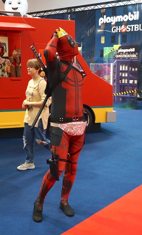 Warsaw Comic Con: Deadpool Cosplay