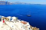 Les îles grecques, un rêve en bleu et blanc pour une croisière en voilier
