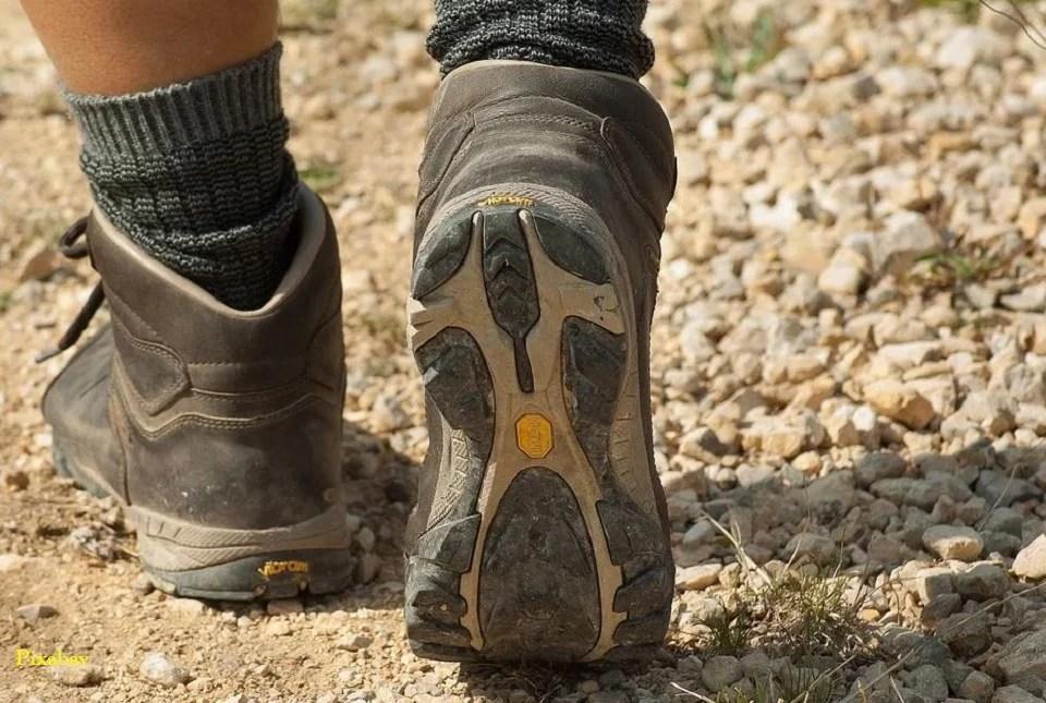 Chaussettes anti-ampoules pour randonnée sereine