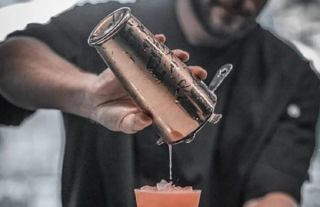 Un shaker Boston et une passoire pour de délicieux cocktails