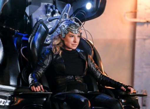 Becky Sharpe as DeVoe as The Thinker on chair The Flash 04x14