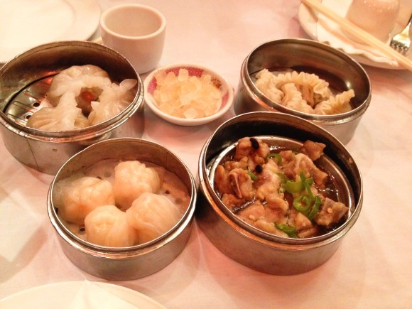 Dim Sum at Joy Tsin Lau in Philadelphia Chinatown // Her Philly